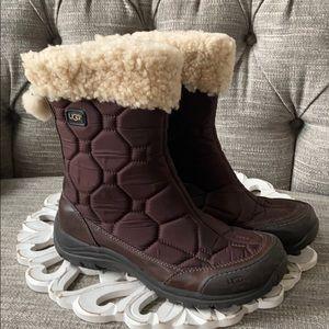 UGG Winter Snow Boots Women's 9